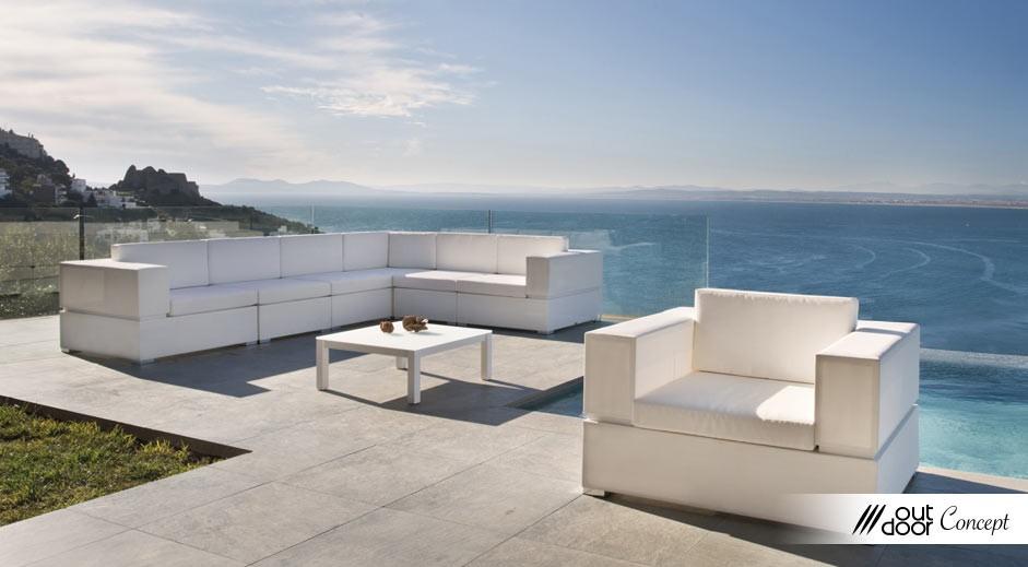 Cl ture de piscine outdoorconcept for Entretien jardin bidart